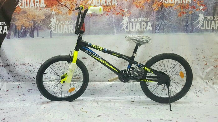 "Home; sepeda bmx exotic 9982 rem torpedo 20"" black yellow"
