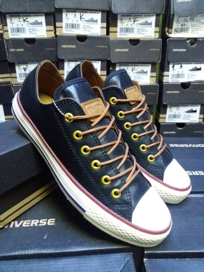 Jual ObraL Sepatu Converse All Star Kulit Pria Grade OriginaL - Widy ... 0ccbf2b22f