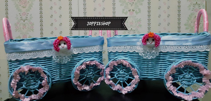harga Keranjang parcel/souvenir/keranjang rotan hias roda biru Tokopedia.com