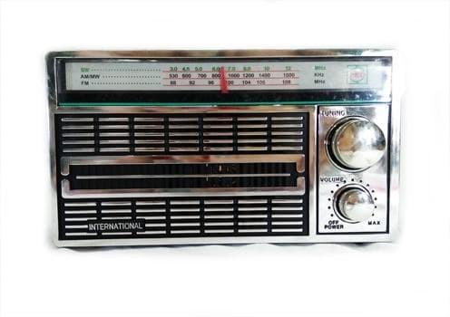 harga Radio portable international jadul 3 band fm - am -sw ac/dc 4250 antik Tokopedia.com