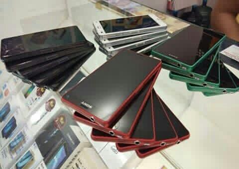 HP Sony Xperia ZR HP DAN CAS Seken second murah mulus