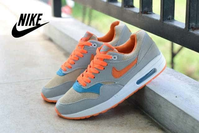 Info Sepatu Nike Air Max Women Travelbon.com