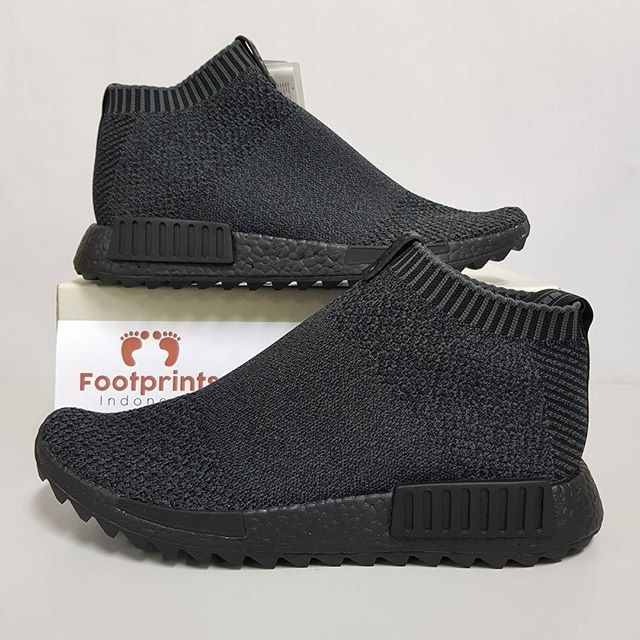 premium selection 6930f 4bb66 Jual Adidas NMD CS1 City Sock TGWO Triple Black 100% Original Sneakers -  Jakarta Pusat - Footprints Indonesia | Tokopedia