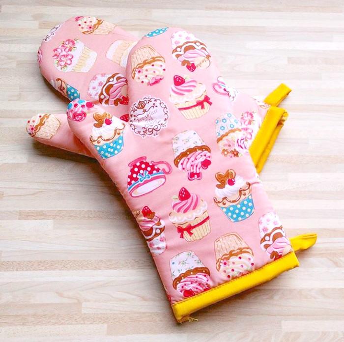 Cempal Sarung Tangan Dapur Motif Cupcake