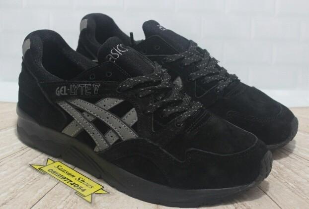 Beli - Sepatu dan Sandal Melalui Posindonesia  b590cf7b83
