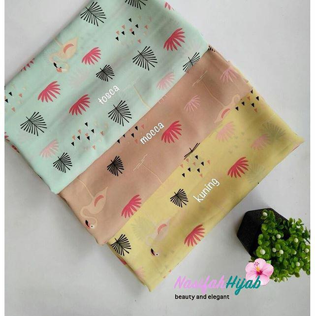 Jual Jilbab Segi Empat Motif Flamingo Nasifah Hijab Tokopedia