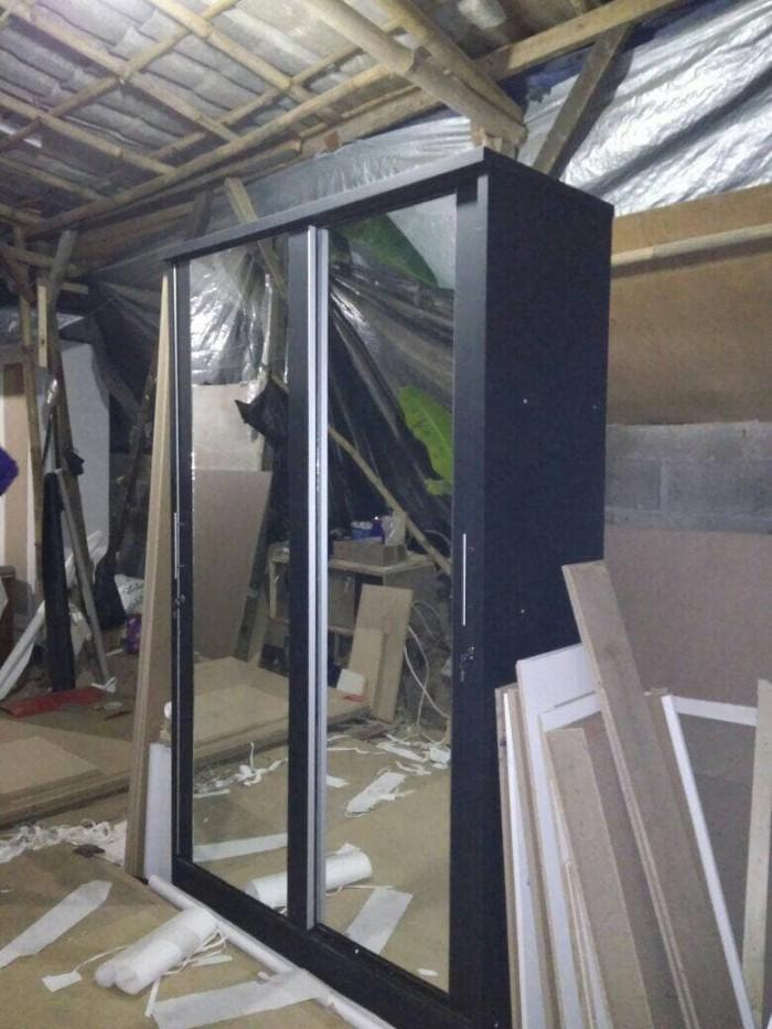 Foto Produk lemari pakaian sleding full kaca warna hitamm dari fillea Arsyfa