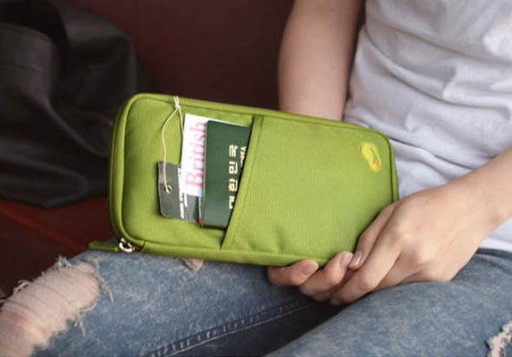 harga Card id holder passport pouch wallet organizer dompet berkualitas Tokopedia.com