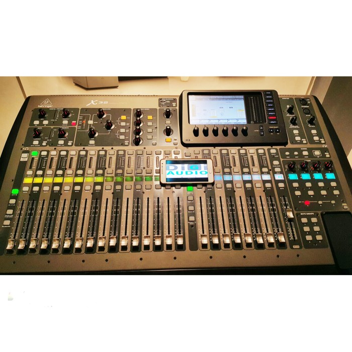 harga Behringer x32 [ x 32 ] digital audio mixer 40 input with midas preamp Tokopedia.com