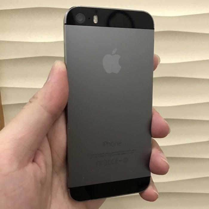 Jual (SECOND LIKE NEW) Apple iPhone 5S Space Grey 32GB ORIGINAL ... b711656e02