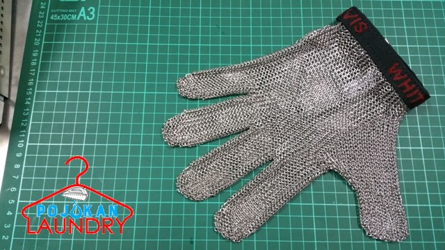 harga Sarung tangan baja / metal 5 jari Tokopedia.com
