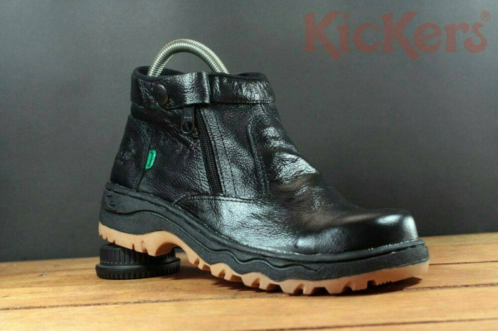 Jual SEPATU KICKERS SAFETY BOOTS KULIT ADVENTURE TOURING - queen ... 26e6ca46f3