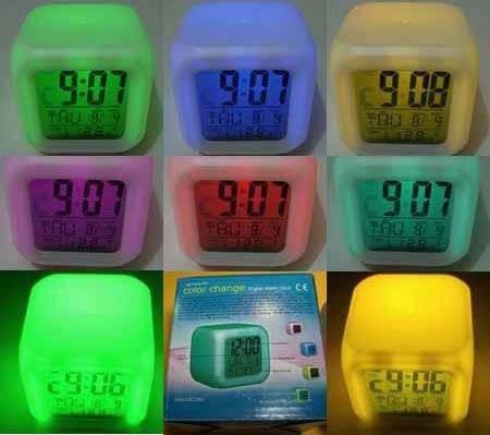 Jam Moody Kubus Berubah 7 Warna + Pengukur suhu Jam Weker Alarm HHM117 7d23c05eb2