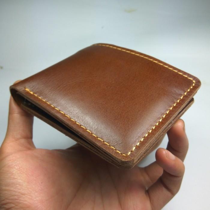 dompet pria kulit sapi asli model bifold warna coklat dompet lipat dua 6f31d41c4d