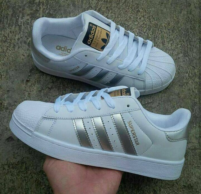 Sepatu adidas superstar putih list silver ladies 37-41 25dd92a9fc
