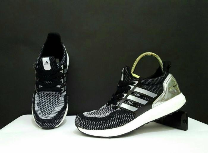 Jual FREE BONUS !!! sepatu casual Adidas murah ultra boost premium ... aec774f663