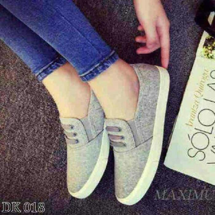 harga Flat shoes casual hitam grey biru, sepatu sandal santai wanita Tokopedia.com