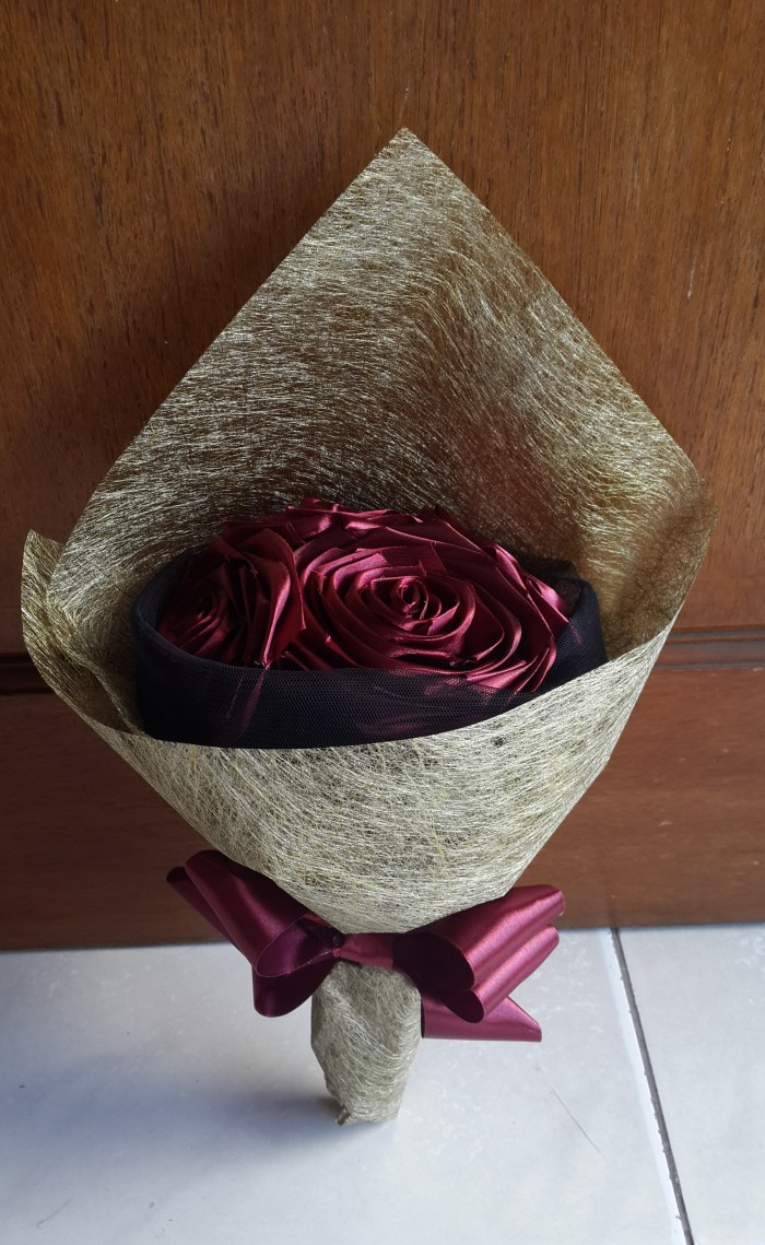 harga Say it with flower (eternal rose) kado ultah, wisuda, kelahiran, dll Tokopedia.com
