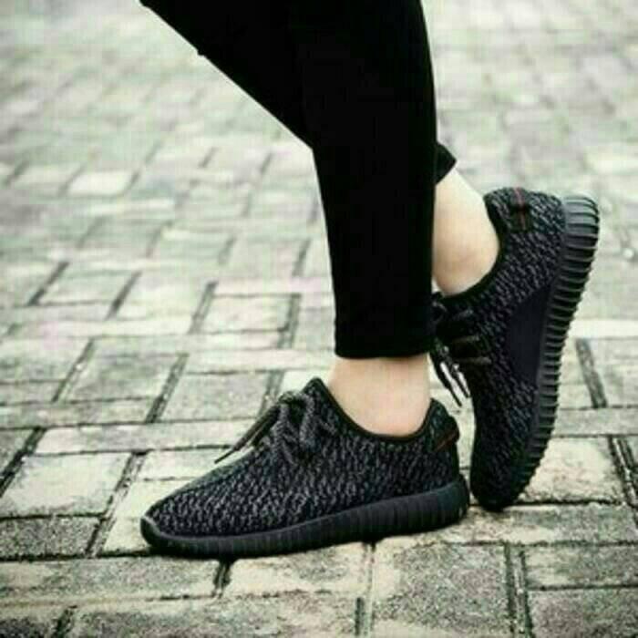 harga Sepatu olahraga adidas hitam wanita cewek cewe sekolah boots boot kets Tokopedia.com