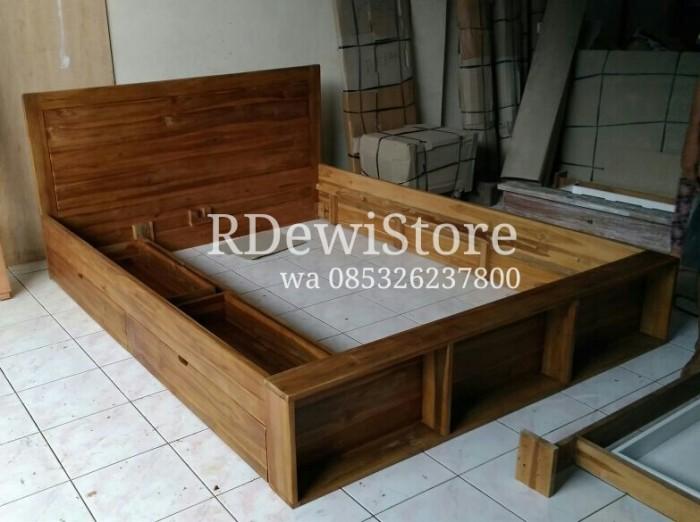 harga Tempat tidur, divan, dipan, ranjang, minimalis kayu jati laci Tokopedia.com