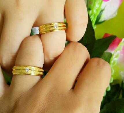 harga Cincin emas pasir mutiara ukir nama grafir / ring couple pria wanita Tokopedia.com