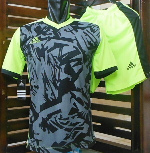 Setelan Futsal Adidas/ Jersey/ Seragam/ Kaos Olahraga/ Baju Bola/ Voli