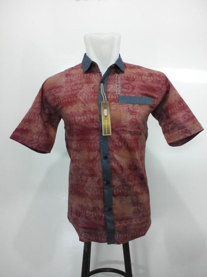 ... Kemeja Batik Pria   Baju Batik Pekalongan   Atasan Hem Pria Modern -  Blanja.com 20888a495b