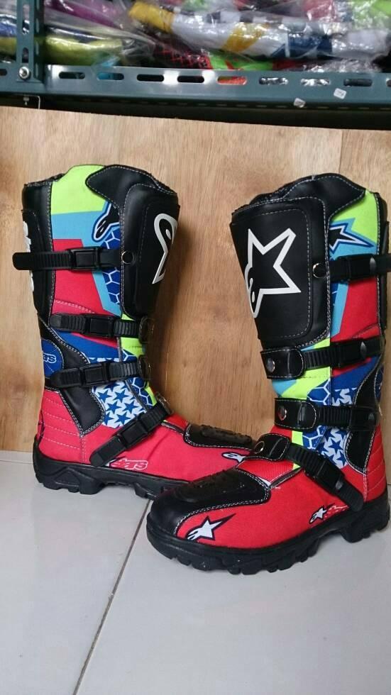 harga Sepatu cross trail alpinestars printing merah biru Tokopedia.com