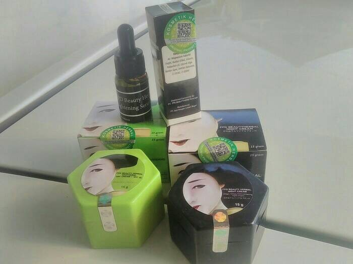 PAKET FPD BEAUTY HERBAL / VEGE SERUM / FPD DAY CREAM / MAGIC GLOSSY
