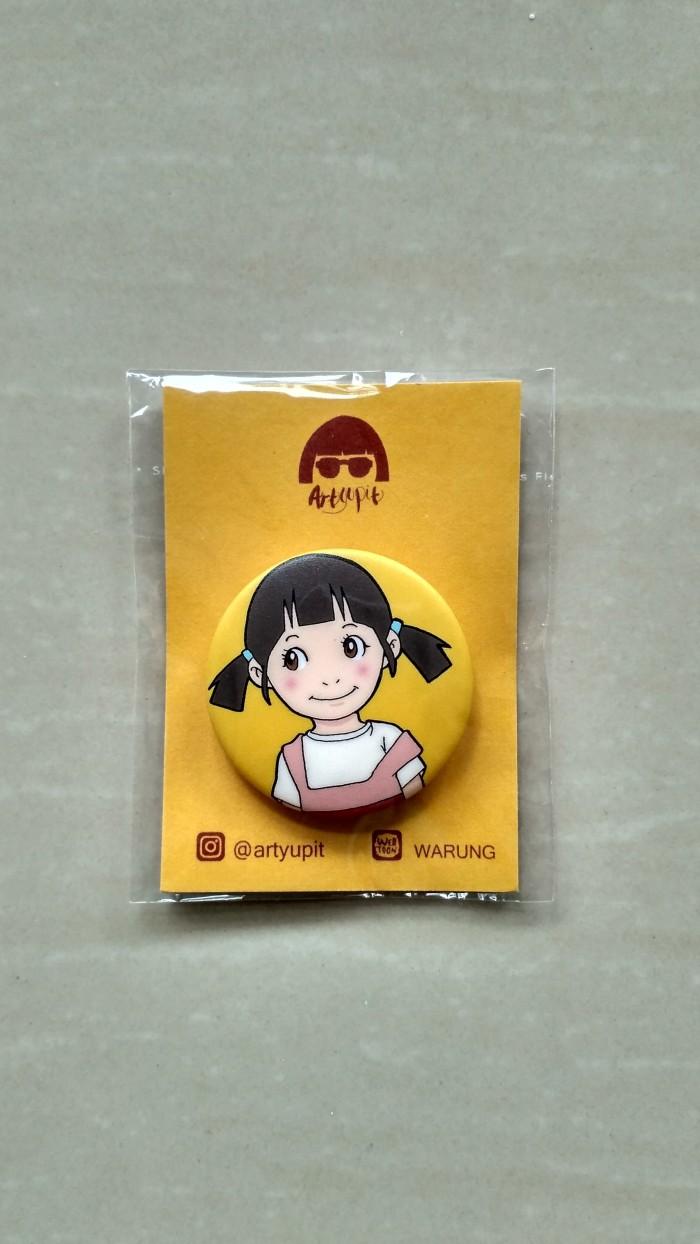 """Jual Merchandise Pin Karakter """"Adik Diah"""" Webtoon WARUNG By Artyupit Kab Badung Artyupit"""