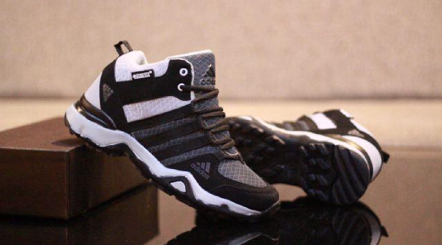 harga Sepatu sport adidas ax2 terrex high casual sneakers fitness pria #3 Tokopedia.com