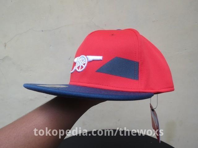 6d6e4ac3a43 Jual Topi Fitted Cap Sepak Bola Original Puma Arsenal FC Stretchfit ...