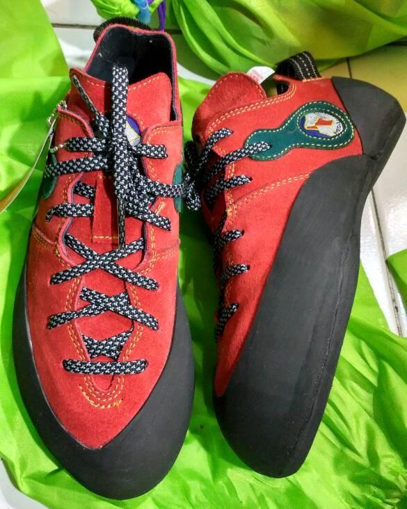 harga Sepatu panjat wall climbing hego not madrock scarpa la sportiva Tokopedia.com