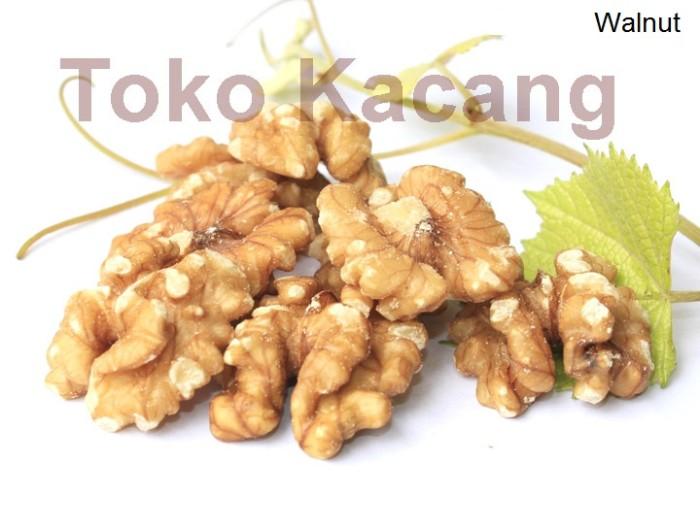 harga Kacang walnut mentah 1kg Tokopedia.com