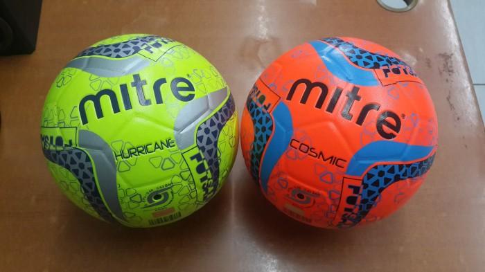 harga Bola futsal mitre original Tokopedia.com