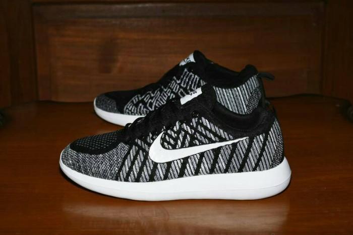 Sepatu Sport Nike Flyknit Zoom Grade Ori   Hitam Putih   Running eacbb8921e