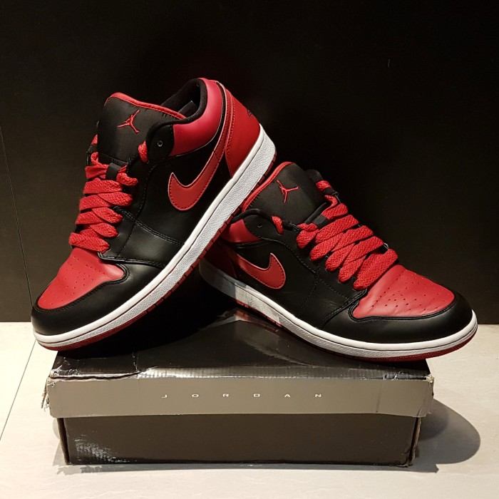 premium selection cf3da d76ca Air Jordan 1 Retro Phat Low BRED - Sepatu Basket Nike ORIGINAL