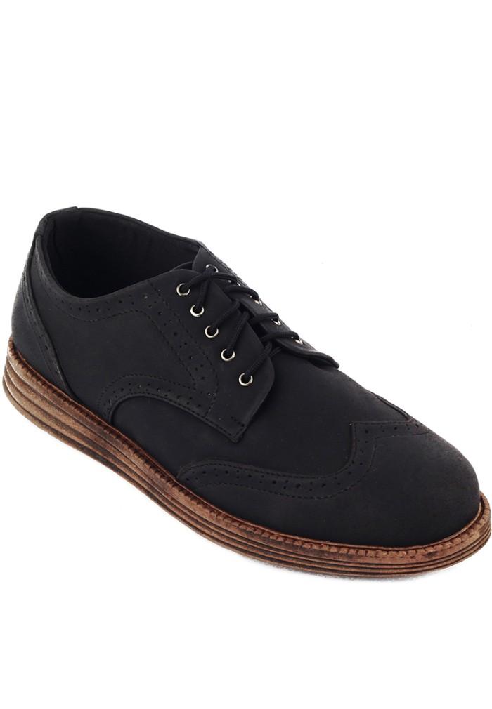 harga Sepatu pria navara brad black Tokopedia.com