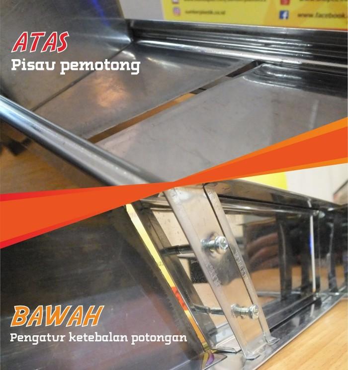 Alat Pemotong Bawang / Alat Pengiris Bawang Manual Stainless Steel .