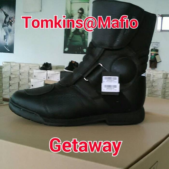 harga Sepatu touring pria tomkins ori getaway Tokopedia.com