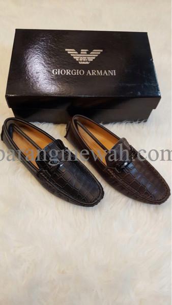 EXCLUSIVE Sepatu Giorgio Armani Cowok / Pria TERMURAH