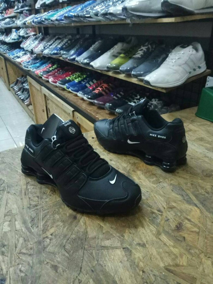 new product 23f59 57be5 ... sweden sepatu nike shox original made in indonesia 62515 d53d5 ...
