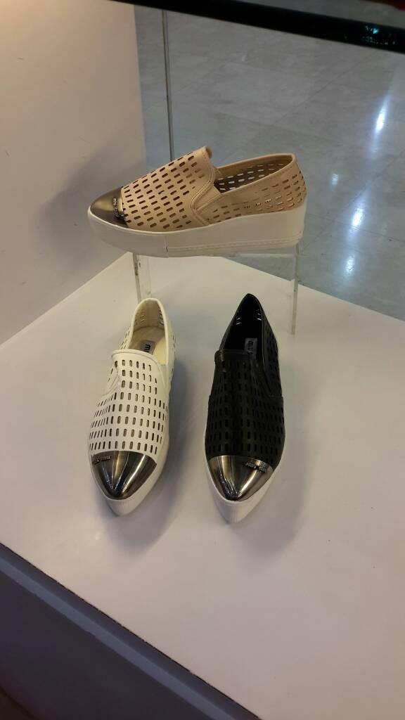... harga Sepatu Sneaker Miu-miu Double Sol Vimaya Tokopedia.com c3d8f9fe96