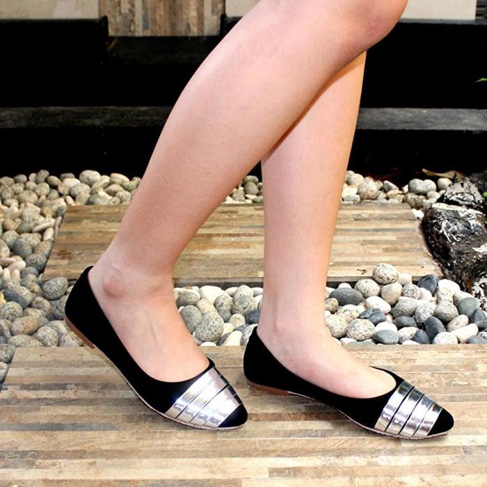 Marlee Flat Shoes Iwn 03 Hitam - Daftar Harga Terupdate Indonesia b34d038a3b6
