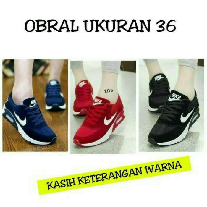 Jual Ukuran 36 Sepatu Olahraga Nike Wanita Cewek Cewe Sekolah Boots c2c332be41