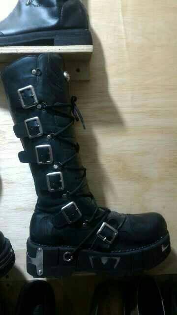 harga Sepatu rocker punk underground dangdut boots pria hijau army metalika  Tokopedia.com f3d4ff6c17