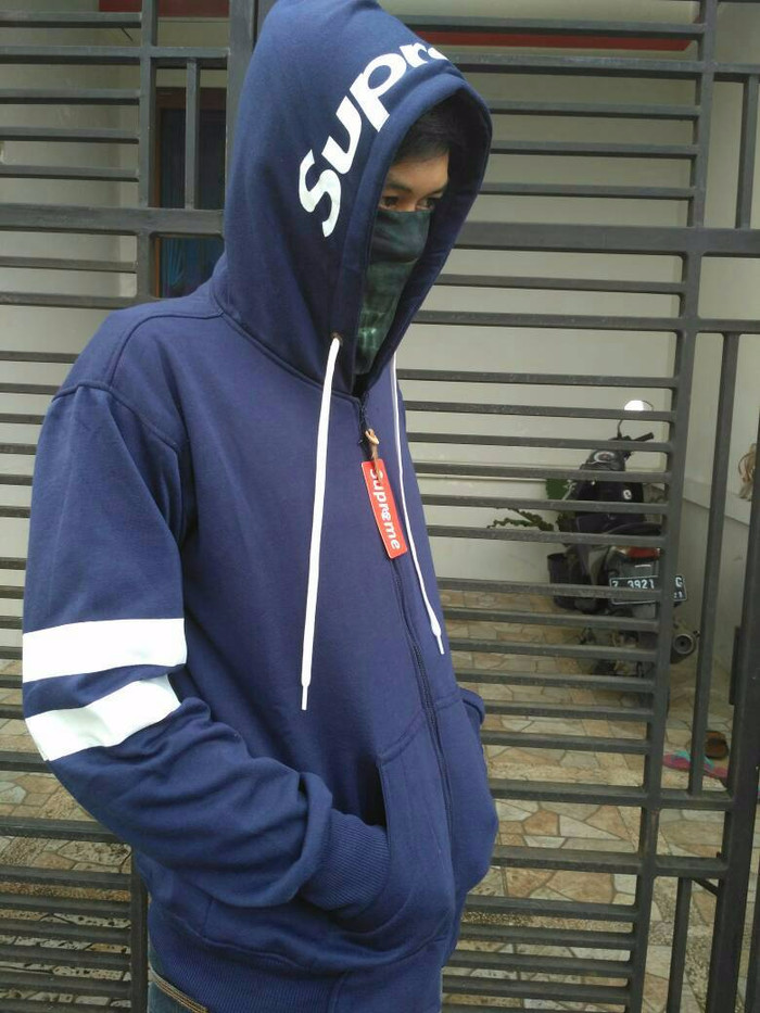 Jual Jaket pria wanita jaket supreme xxl navy   sweater hoodie jumbo ... fc42c41a15