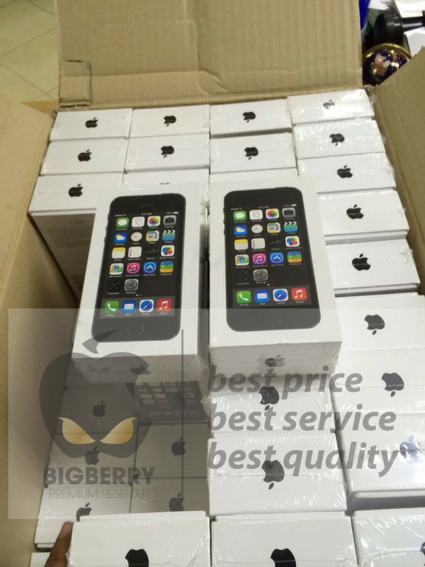 harga Iphone 5s 64gb space grey/silver grs distributor 1 thn Tokopedia.com