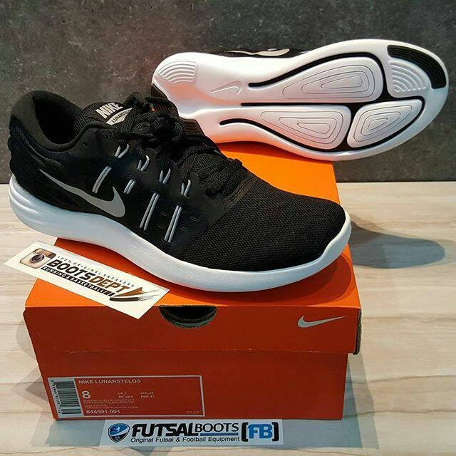 Jual Nike Lunarstelos BlackWhite Kab. Tangerang Futsal BootsBoots Dept   Tokopedia
