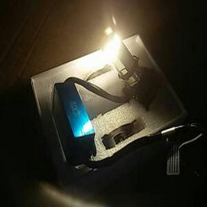 Lampu LED motor Kuning headlamp led 3 sisi 30w utama titik mata